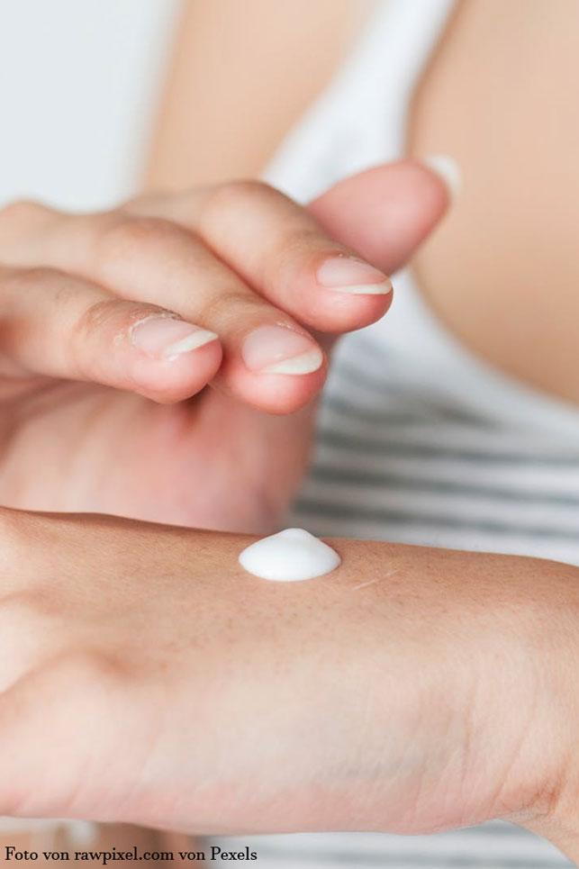 Kosmetika und Cremes für die Anti-Aging Pflege